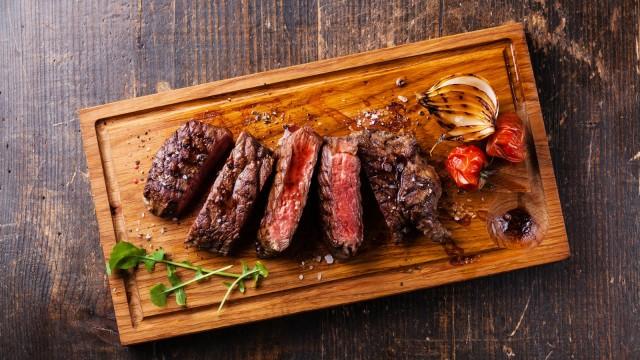 Ilustrasi sirlon steak