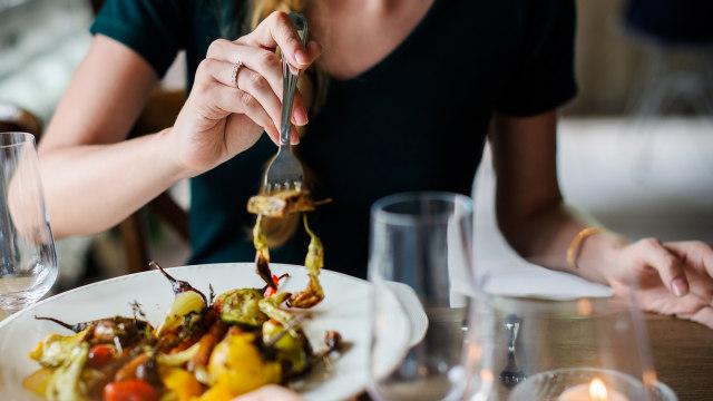Apakah Mengantuk Usai Makan Bisa Menjadi Pertanda Diabetes? (1)