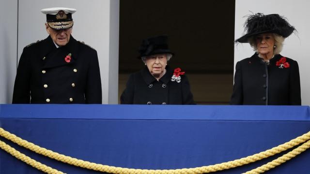 Penuh Skandal & Sempat Tak Direstui, Ini Kisah Cinta Pangeran Charles & Camilla (8665)