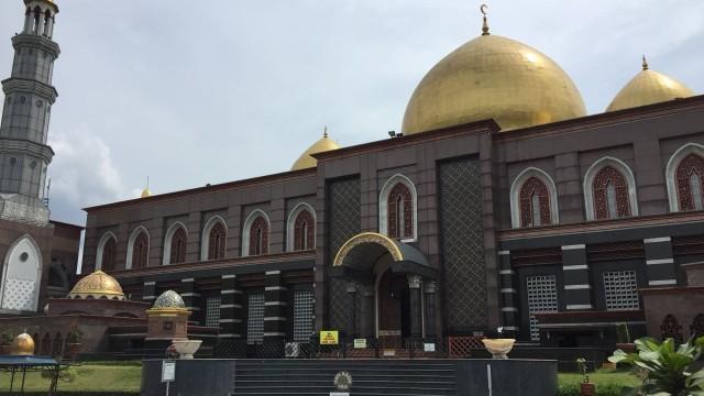 7 Masjid dengan Arsitektur Unik di Indonesia, Ada yang Mirip Benteng Kremlin (131065)