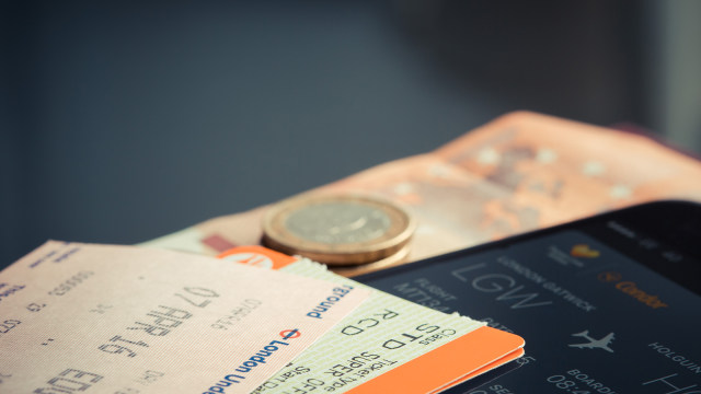 Ilustrasi tiket