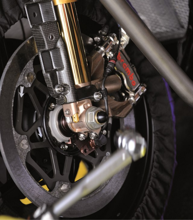 Memahami Cara Melakukan Pengereman saat Mengendarai Sepeda Motor (993)