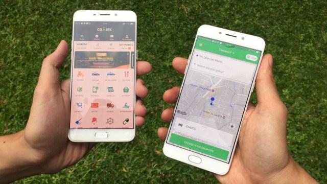 Aplikasi GOJEK dan Grab