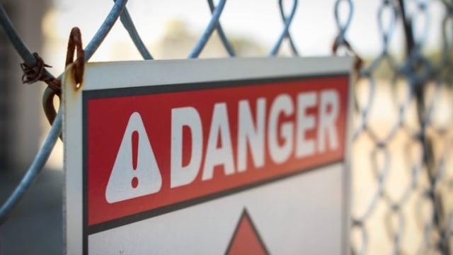 Ilustrasi berbahaya