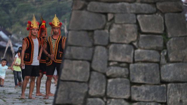 Mengenal Fahombo, Tradisi Lompat Batu di Nias yang Lahir dari Perang (33230)