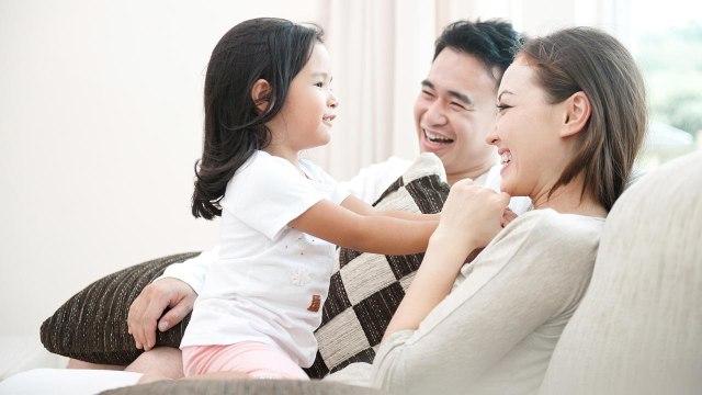 Peran suami istri yang baik bagi anak (COV