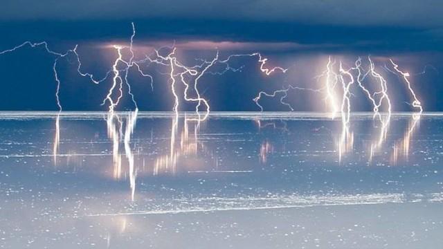 Misteri 2 Abad yang Terpecahkan: Bagaimana Air Menghantarkan Listrik? -  kumparan.com