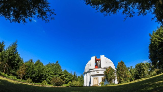 Menilik Perkembangan Teknologi Astronomi di Indonesia (445617)