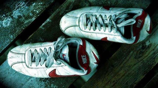 timeless design 1ed6e 23fa4 Cortez, Sepatu yang Sempat Diperebutkan Nike dan Onitsuka ...