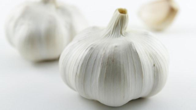 Bolehkah Ibu Menyusui Makan Bawang Putih?  (434075)