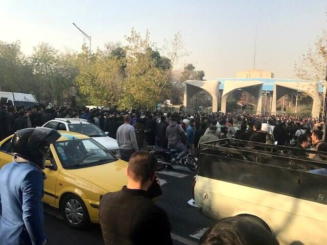 QnA: Mengapa Demonstrasi Berujung Maut Terjadi di Iran? (470942)