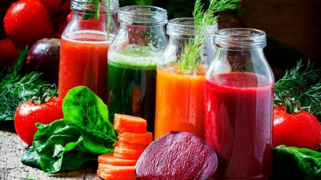 Jus buah dan sayur sebagai pewarna alami