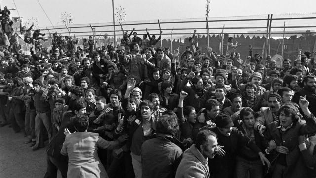 Ayatollah Khamenei dan Bayang Revolusi Iran (63363)