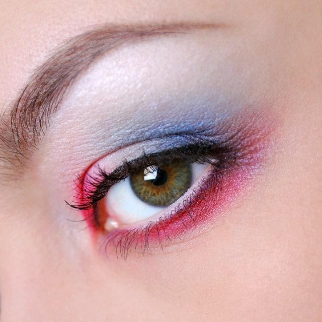 10 Tips Makeup untuk Kamu si Pemilik Wajah Kering (58460)