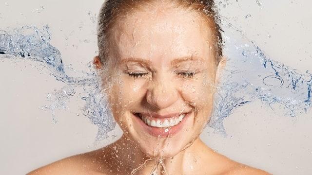 10 Tips Makeup untuk Kamu si Pemilik Wajah Kering (58455)
