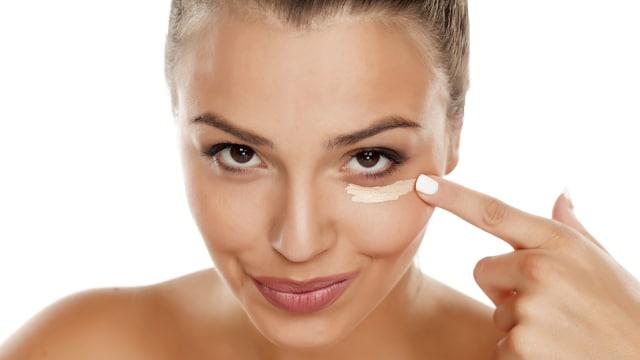 10 Tips Makeup untuk Kamu si Pemilik Wajah Kering (58459)