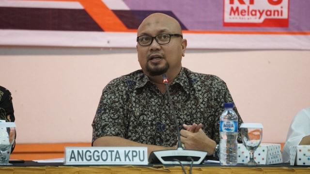 Anggota KPU, Ilham Saputra