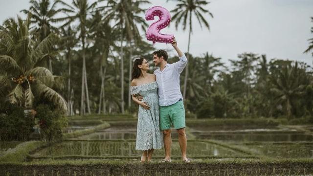 Marissa Nasution dan suami