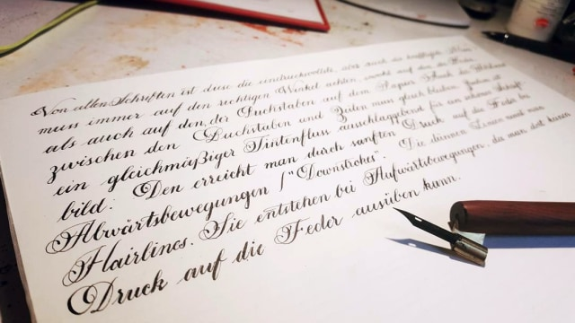 Ilustrasi tulisan tangan bersambung