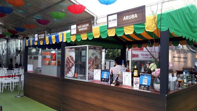 Tenant makanan di GoFood Festival