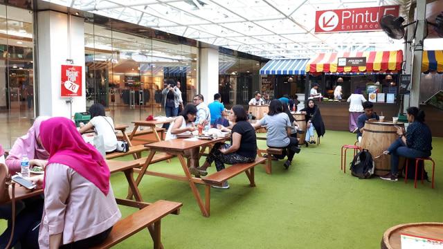 Area makan di GoFood Festival