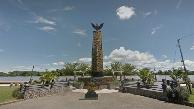 Tugu Cinta Damai Kalimantan Utara
