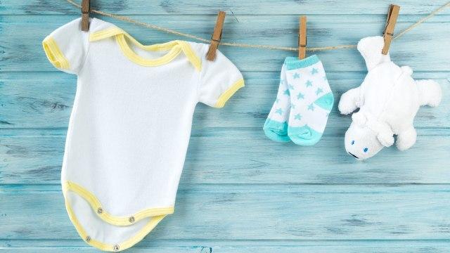 Cara Mencuci Pakaian Bayi dengan Benar (125100)