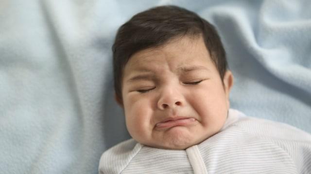 Bolehkah Bayi Demam Dipijat?  (473078)