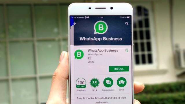 Siap-siap, Facebook Mulai Cari Cuan di WhatsApp (131917)