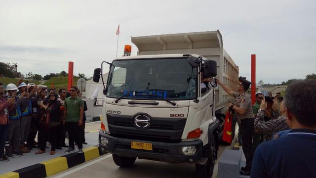 Tinjau Proyek Tol Trans Sumatera, Jokowi Ingin Progresnya Semakin Cepat (348537)