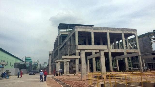 Konstruksi pembangunan Asia Pacific Rayon di Riau