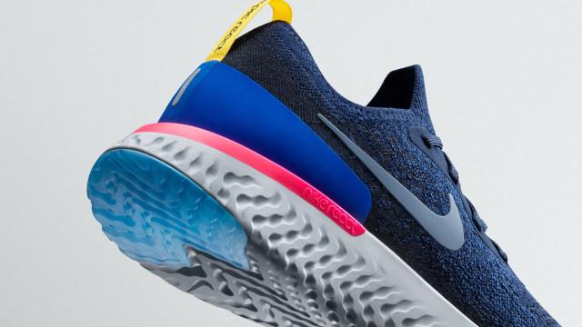 Nike Resmi Merilis Sepatu Lari 'Epic React Flyknit' (703537)