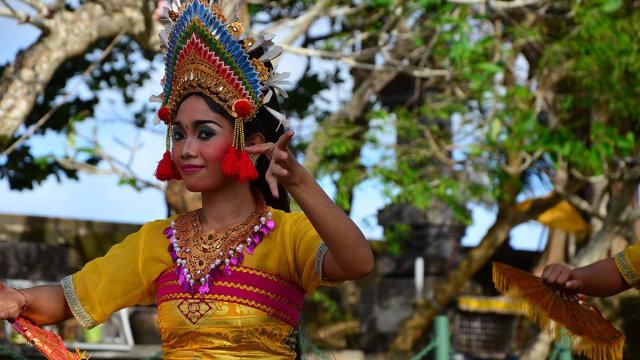 Dispar Bali Akan Bentuk Satgas Buru WN Rusia Jadi Tour Guide Ilegal (106220)