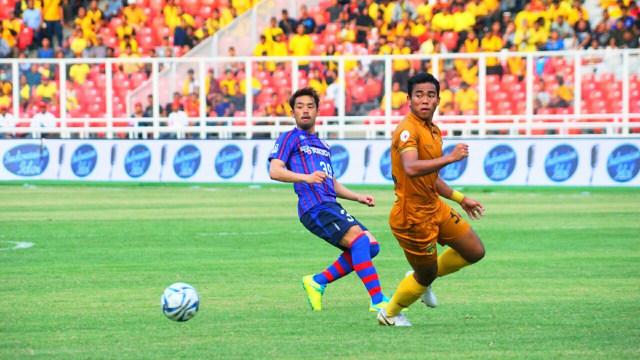 Bek Bhayangkara FC, Nurhidayat