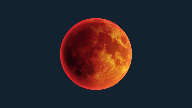 Bulan Merah Darah