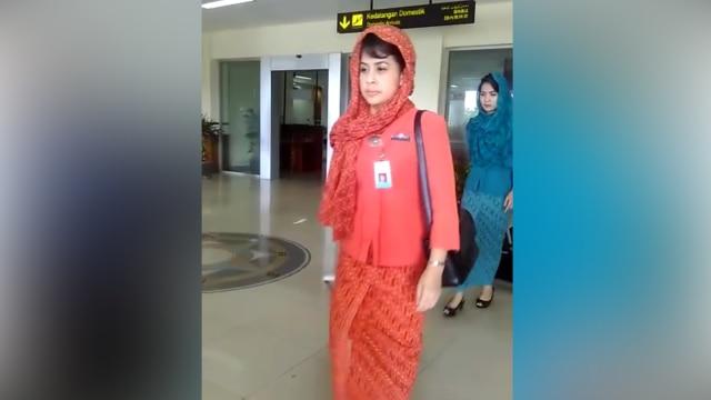 Pramugari Garuda Indonesia mulai pakai kerudung