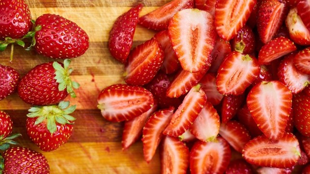 5 Makanan yang Bisa Bikin Pipi Lebih Merona (206780)