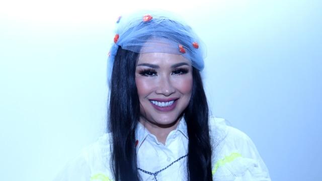 Titi DJ: Perjalanan Sang Dewi di Industri Hiburan Selama Tiga Dekade (146336)