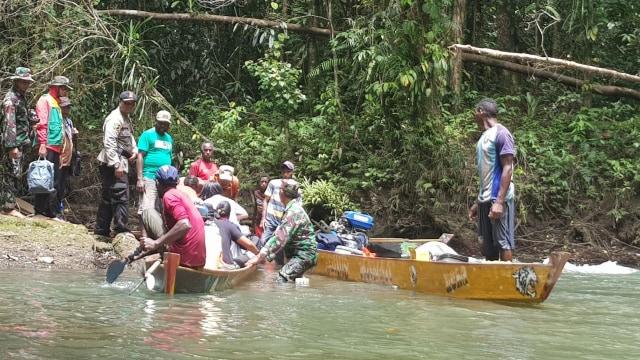 Mencari jalan menuju Kabupaten Asmat.