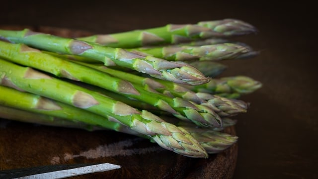 Ilustrasi Asparagus