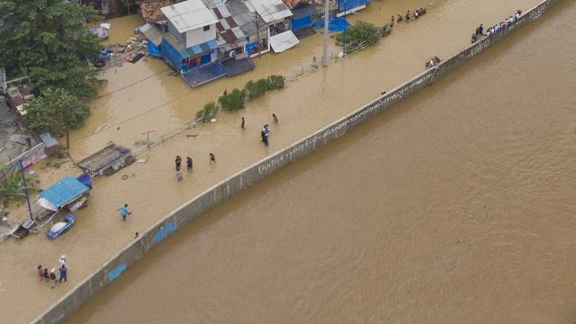 Banjir luapan air Sungai Ciliwung