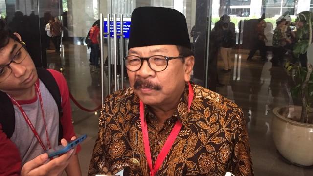 Eks Gubernur Jatim Pakde Karwo Mangkir dari Panggilan KPK  (5692)