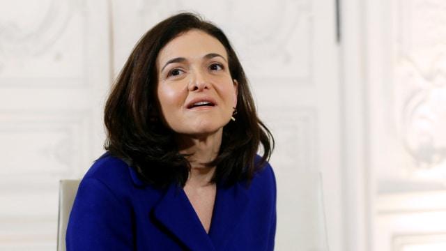 Sheryl Sandberg di Facebook mengatakan' Pemberdayaan Perempuan ' kunci untuk pemulihan ekonomi global
