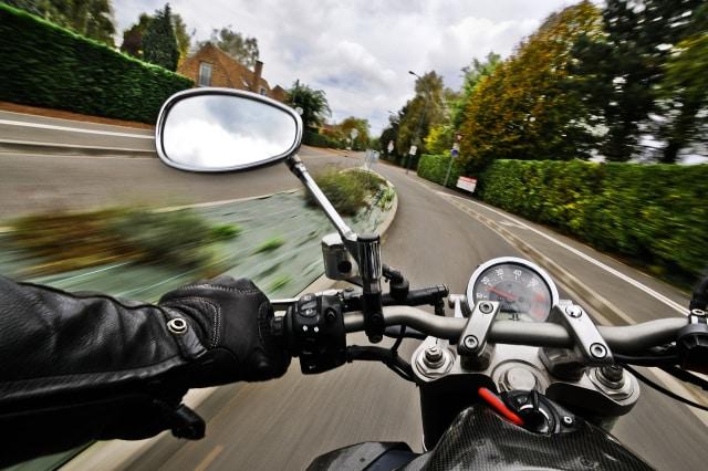 Memahami Cara Melakukan Pengereman saat Mengendarai Sepeda Motor (992)