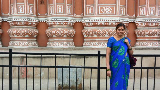 Cantiknya Hawa Mahal, Tempat Putri India Bebas Mengintip 'Dunia Luar' (121508)