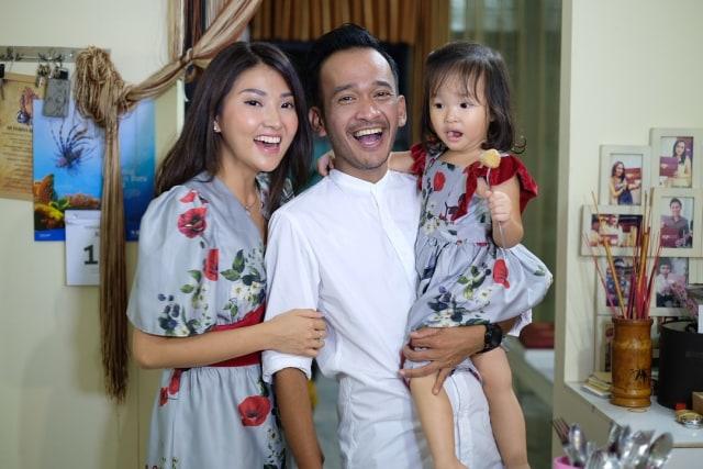 Keluarga Ruben Onsu dan Sarwendah Imlek 2018