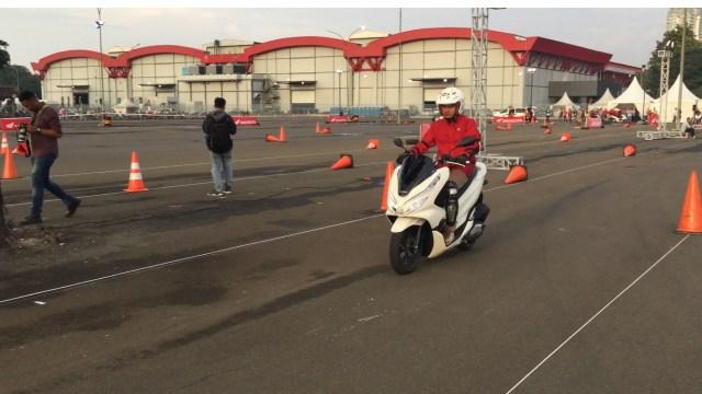 Test ride all new Honda PCX