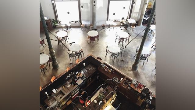 5 Kafe Di Kota Lama Semarang Yang Menyuguhkan Suasana Tempo