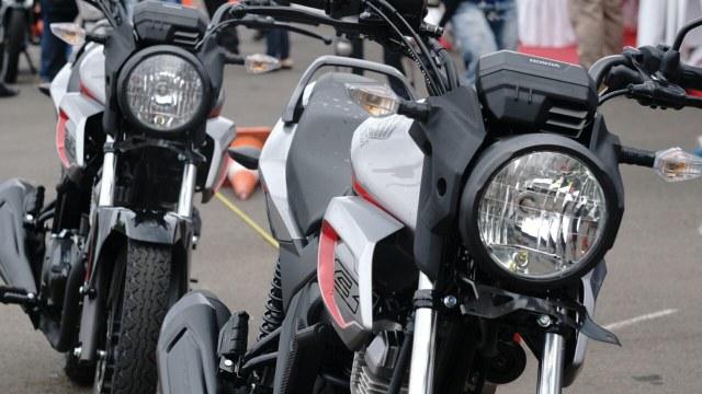 Honda CB150 Verza Lebih Murah dari Scoopy, Layak Dipinang? (675083)