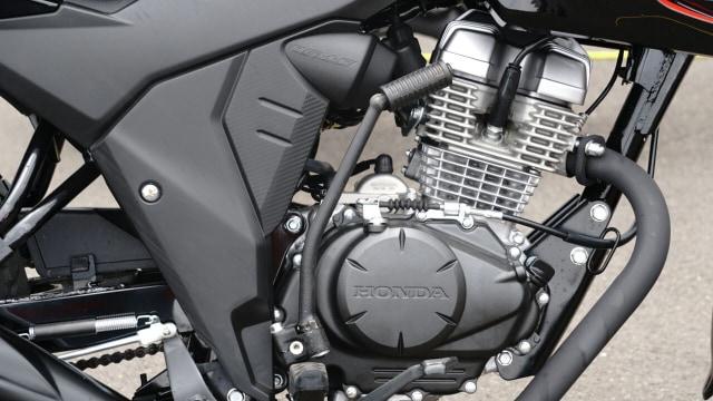 Honda CB150 Verza Lebih Murah dari Scoopy, Layak Dipinang? (675086)